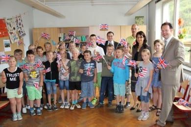 Begeisterter Empfang in der Grundschule Marlishausen