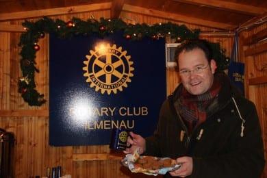Stand des Rotary Club auf dem Ilmenauer Weihnachtsmarkt