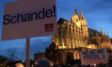 Demonstration gegen Rot-Rot-Grün auf dem Erfurter Domplatz