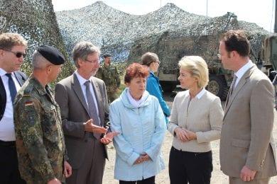 Besuch der Bundesverteidigungsministerin Ursula von der Leyen in Ohrdruf